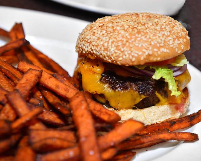De las mejores hamburguesas que he probado en Nueva York, la de Michael Jordan de Grand Central Terminal