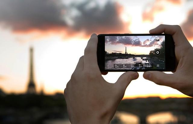 One A9 Hỗ trợ chụp ảnh RAW