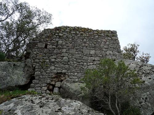 Vestiges d'une tour du casteddu médiéval