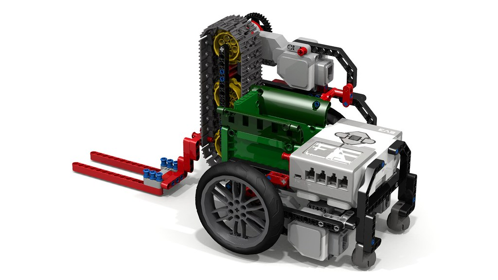 "Lego ""Fllying Lobster"" EV3 Robot with Forklift | Inspired by… | Flickr"