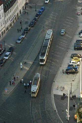 Blick auf KSW und Stadtbahnwagen vom Turm der Basilika St. Ullrich und Afra (Bild: Frank Hohmann)