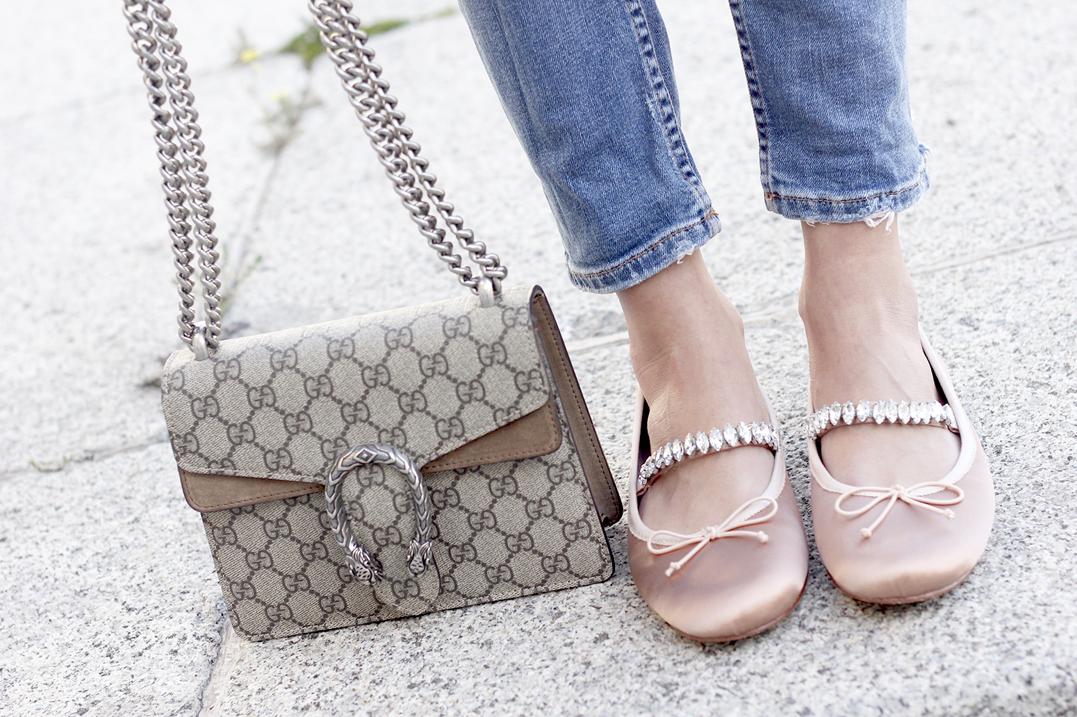 ripped keans gucci bag Jewel ballerinas uterqüe white blouse outfit style fashion07