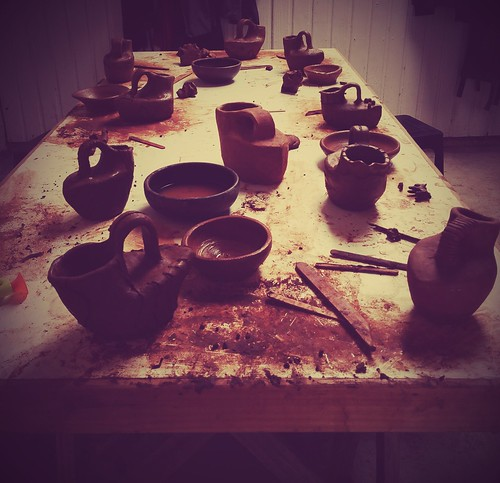 Pomaire: Clay, Horses, and Pottery