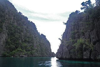 Coron - Coron Island lime stone cliffs