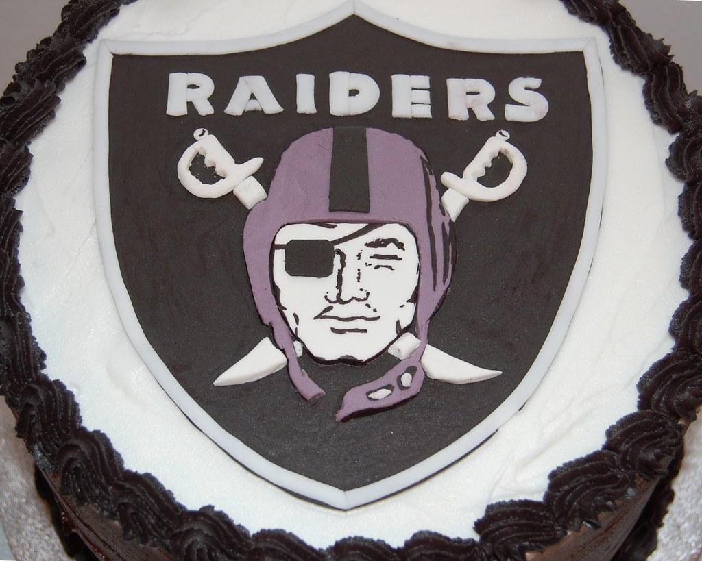 Oakland Raiders Football Birthday Cake 1 Sus Artistic Swe S