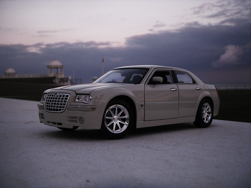 2005 chrysler 300c hemi 1 18 diecast by maisto would look flickr. Black Bedroom Furniture Sets. Home Design Ideas