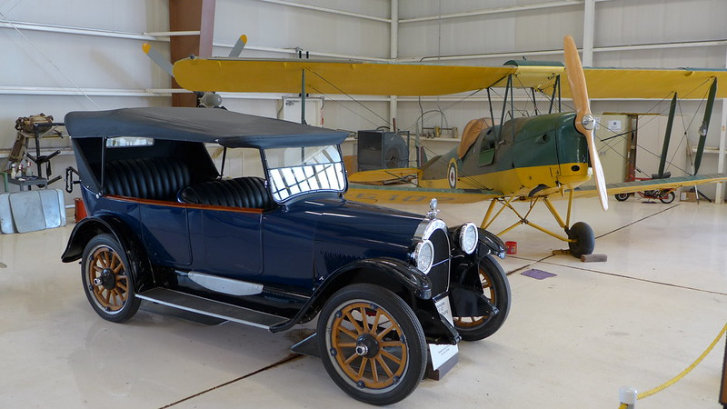1918 Oldsmobile Model 37 AT four door - touring