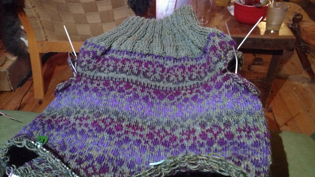 Fair isle knitting | A jumper in the making | inger maaike | Flickr