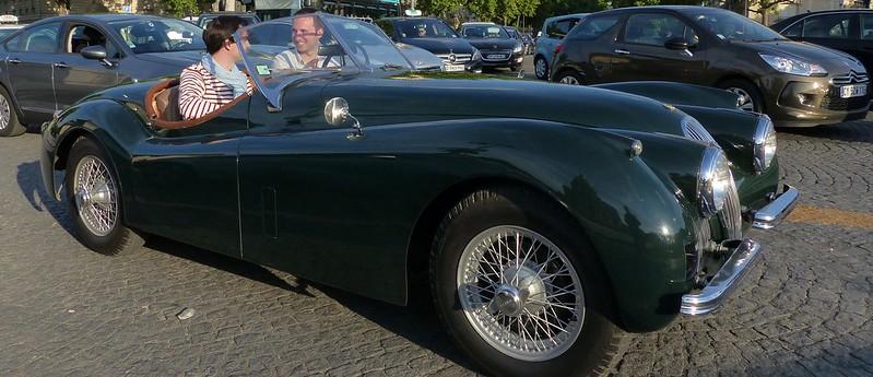 Jaguar XK - Paris Invalides Mai 2014 33073296846_5a6a6c608f_c