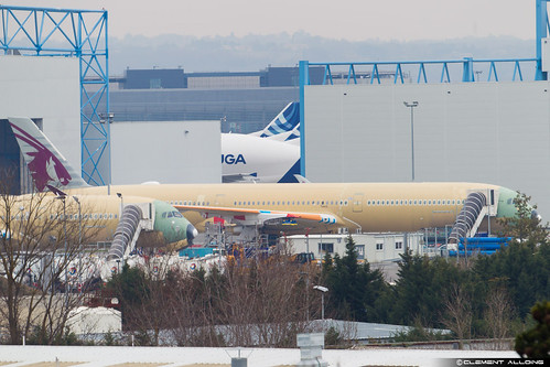 Qatar Airways Airbus A350-1041 cn 088 F-W??? // A7-A???