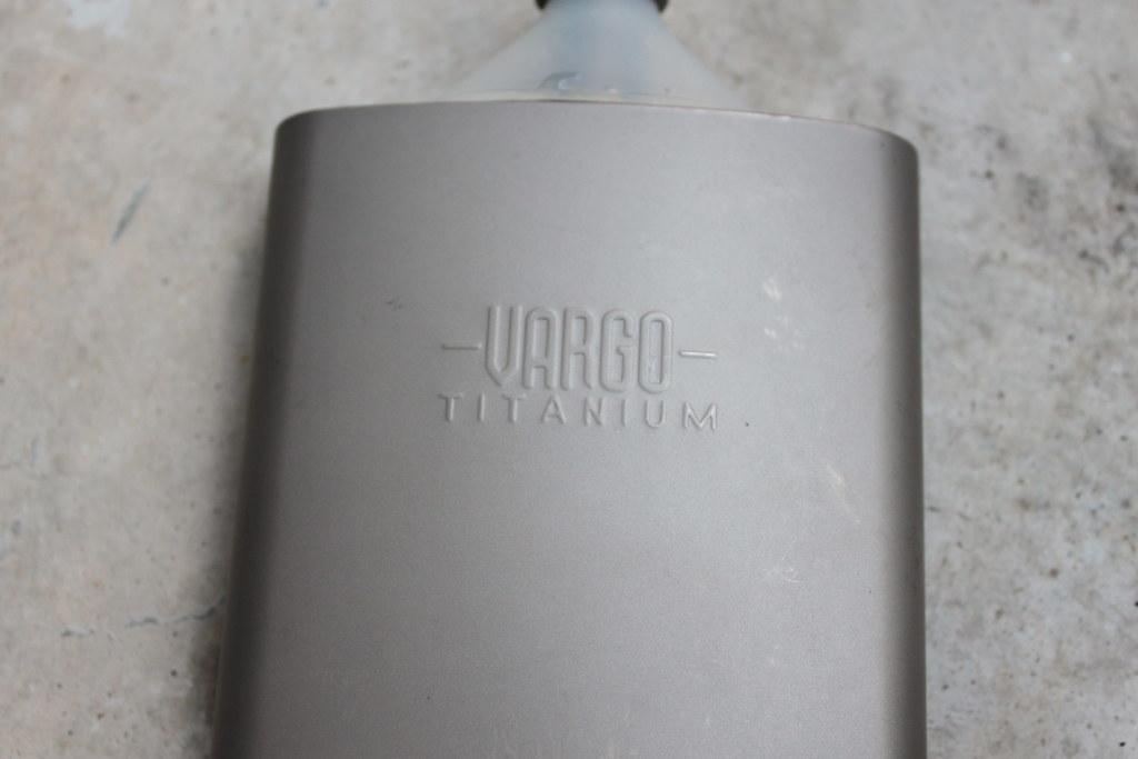 バーゴーVARGO チタニウムファンネルフラスコ