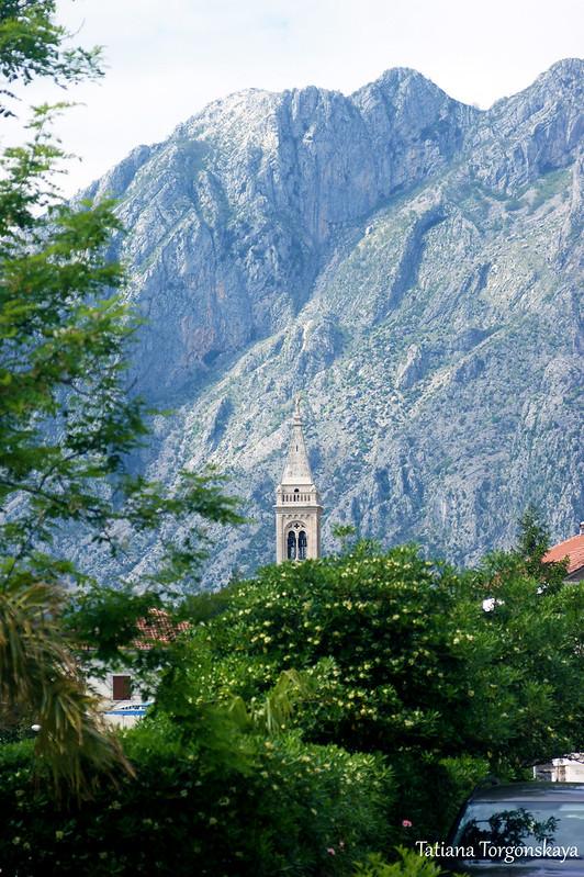 Пейзаж с колокольней церкви Св. Евстафия