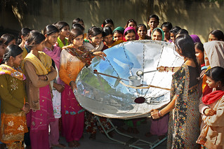 Women test a solar cooker in India – 2009 | by United Nations Development Programme