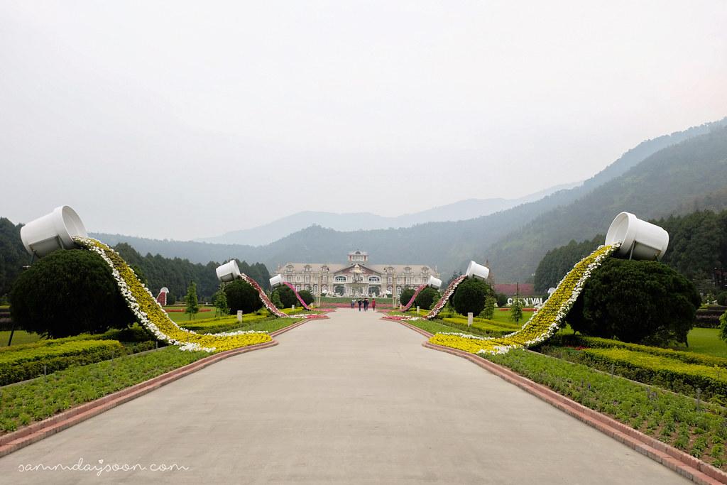 european-garden-castle