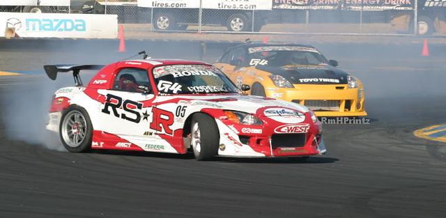 s2000 vs 350z  Honda s2000 and Nissan 350z makin the turn a  Flickr