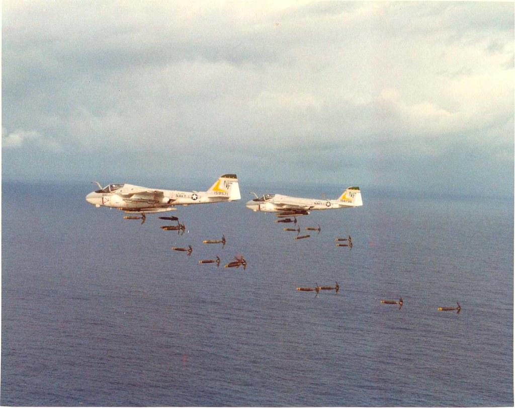Grumman A-6 Intruder y EA-6B Prowler 194159078_8513f8d487_b