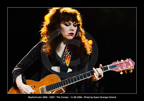 Remarkable Poison Ivy The Cramps Oyafestivalen Oya Festival 2006 Flickr Largest Home Design Picture Inspirations Pitcheantrous