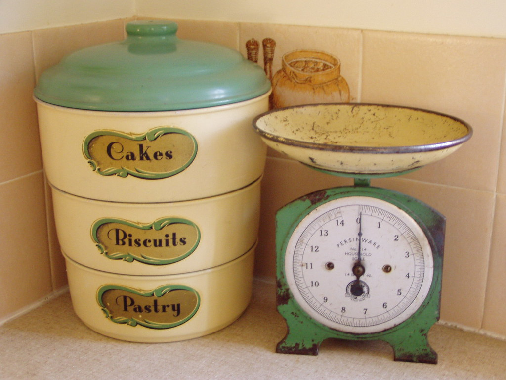 Vintage Kitchen Scale Decor