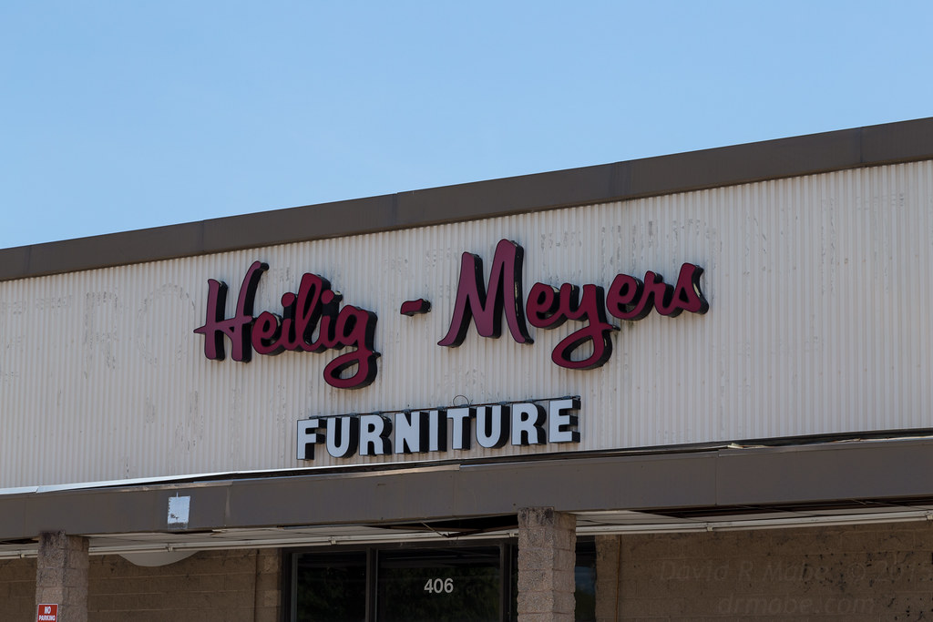 ... Abandoned Heilig Meyers Furniture Store, Smithfield NC | By  Namerifrats29