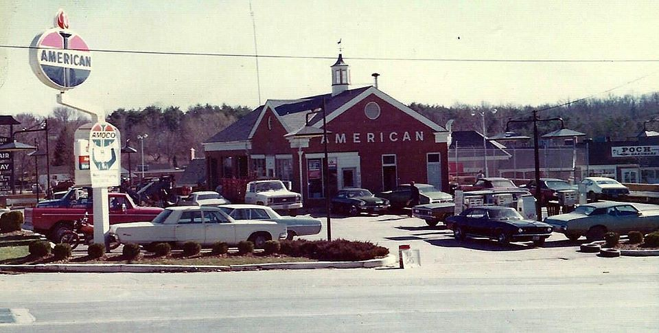 Potomac American Service Station 1974 during the gas short ...