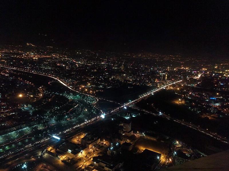 Тегеран ночью