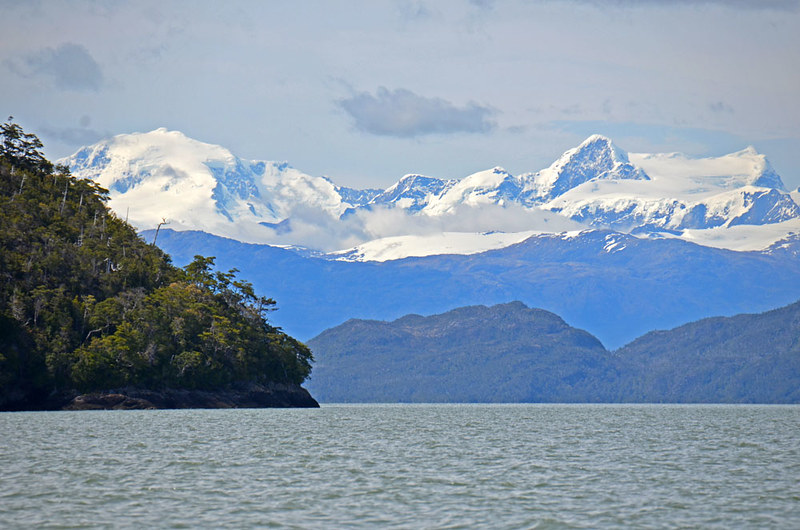 Sailing from Caleta Tortel to Jorge Montt glacier