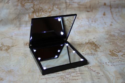 flashlight pocket mirror