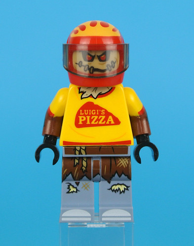 70910 Scarecrow Special Delivery