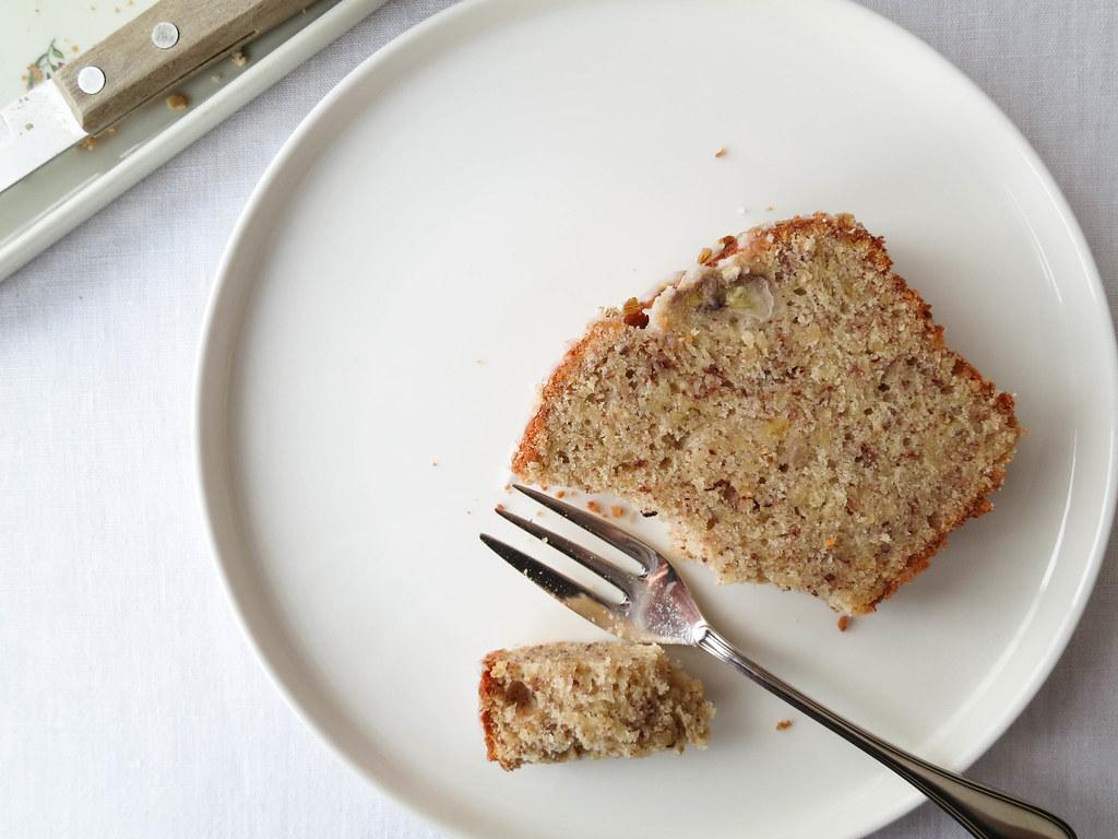 Banana-hazelnut bread recipe