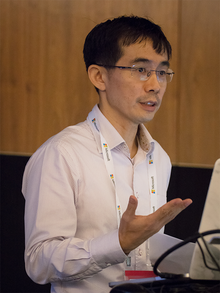 Ying Shao Wei, Chief Operating Officer, DataSpark, spoke on how real-time insights from DataSpark's software help the organisers and public authorities better understand how crowds build up and disperse and detect anomalies in the flow of people, enabling a better marshalling of ground resources to ensure public safety.