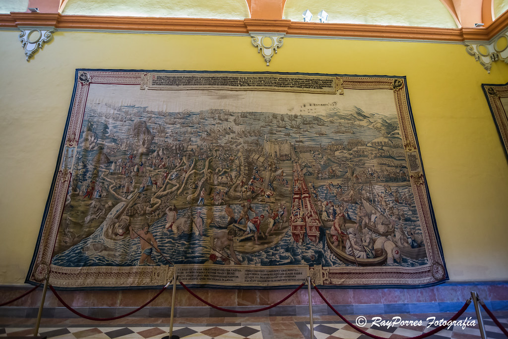 Salon de tapices del real alcazar de sevilla andalucia e - Tejidos madrid en sevilla ...
