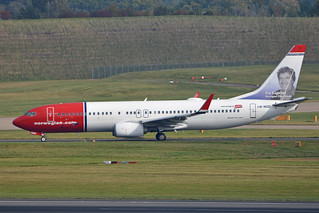 Boeing 737-8JP(w) 'LN-NGD' Norwegian Shuttle | by Hawkeye UK