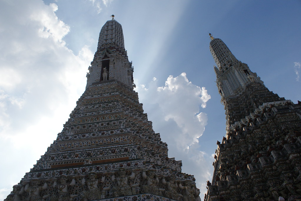 Bangkok : Temple de Wat Arun - Vanupied