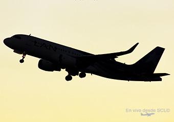 Avión neutro A320 (S.Díaz)