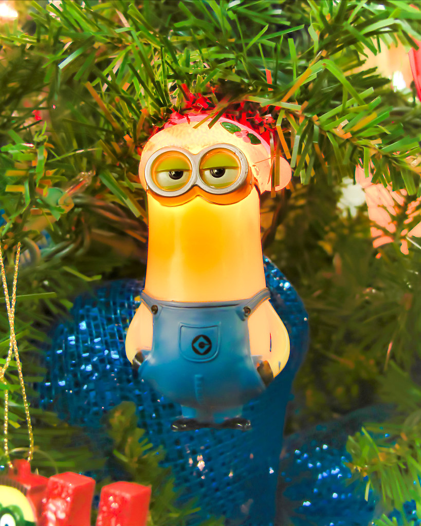 christmas minion by nncynnce - Minion Christmas Ornaments