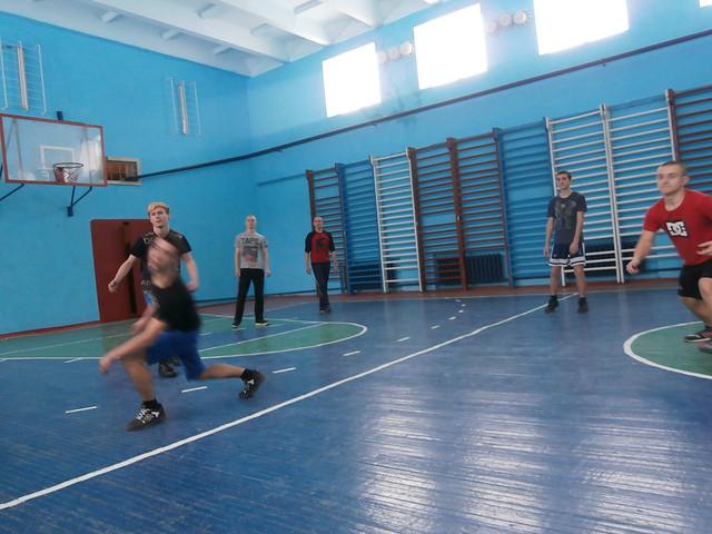 Волейбол-юнаки (2 гра)