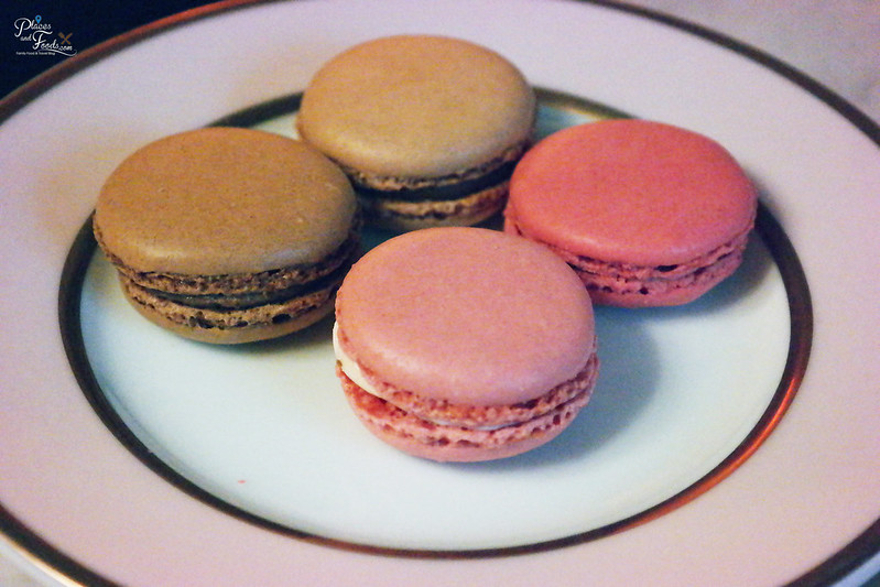 laduree paris macarons