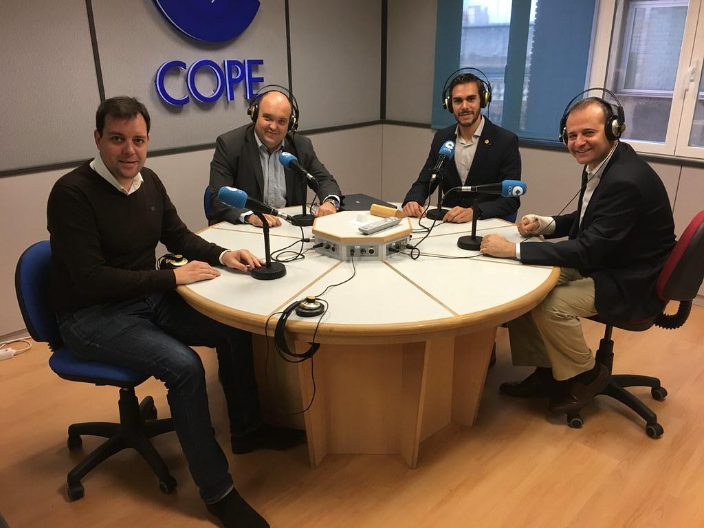 """Thumbnail for Storify Especial 1ª Temporada COLEGIADOS COIGT  """"Hablando de Geomática"""" en 92.6FM COPE Valencia"""