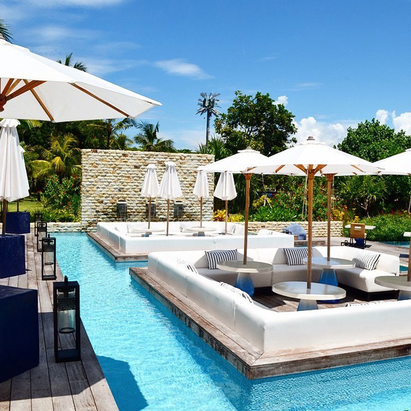 9 luxury resort pools in bali where you can swim in on a for Design hotel deck 8