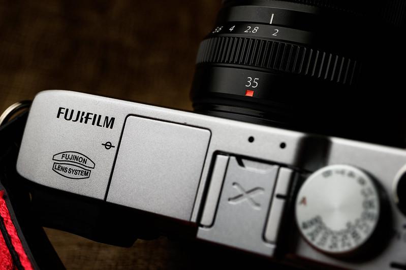 FUJIFILM X-E2 & XF 35mm F2R WR