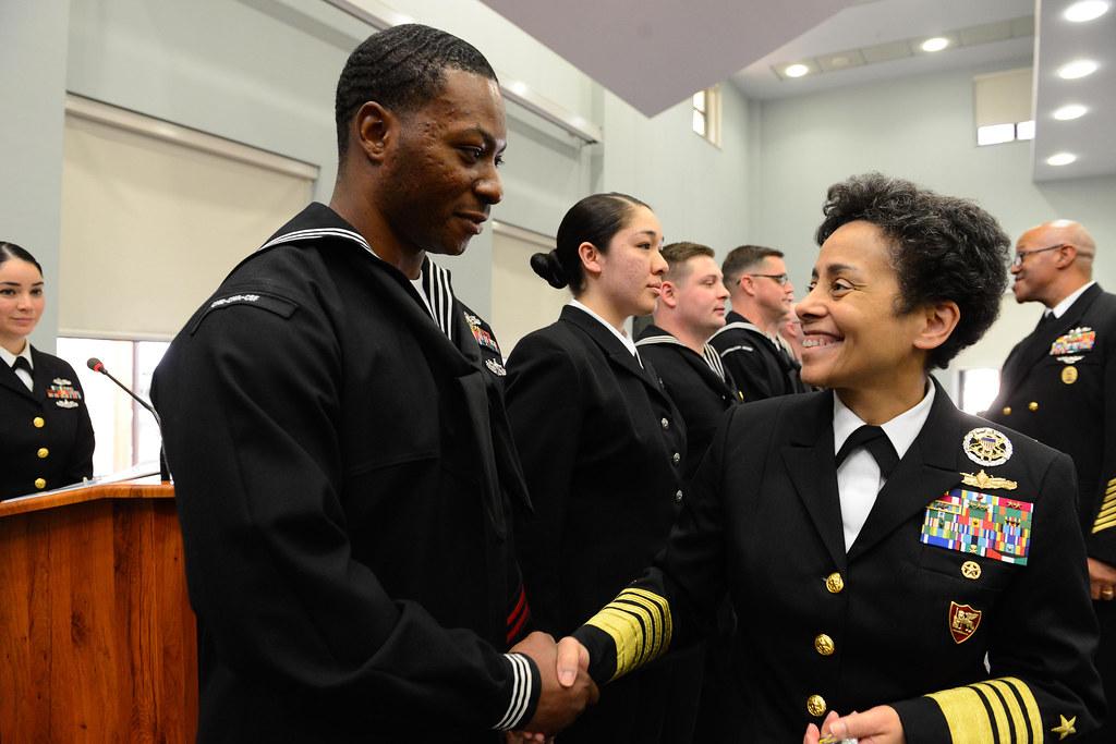 commanding officer naval hospital naples italy - photo#40