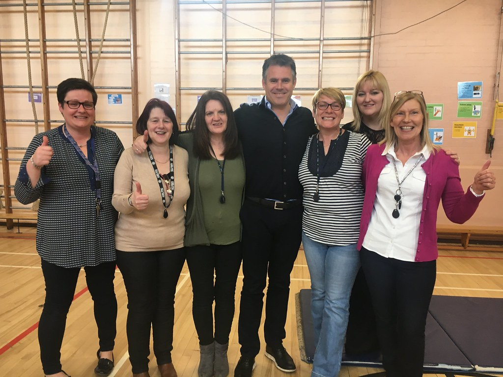 Kenny Logan visits old school