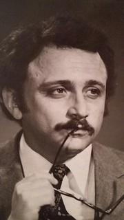 Во время спектакля азербайджанский режиссер не удержался на канате и упал на сцену