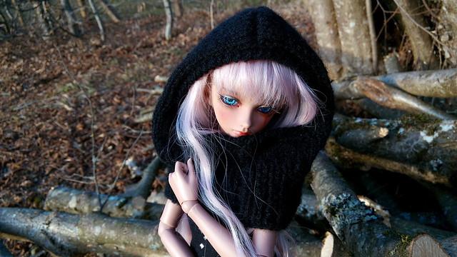 Dark ladies - Carmen, petite sorcière p.16 - Page 7 32184142153_131926e3ed_z