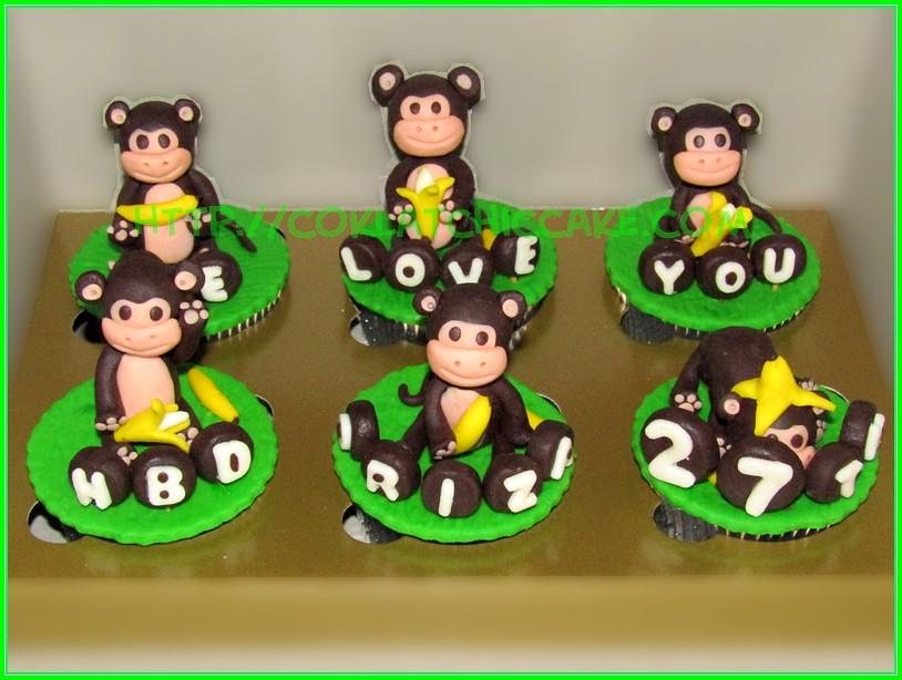Cupcake monkey
