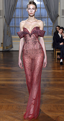 Tule na Semana de Moda de Paris