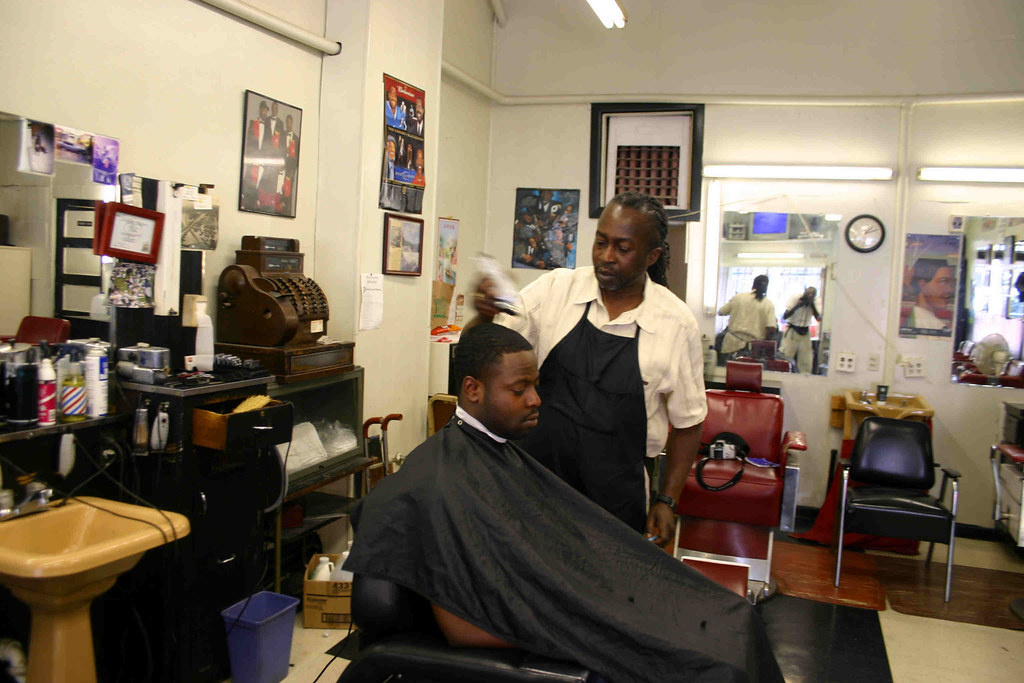 05.CarlsBarberShop.14P.NW.WDC.30may06 | Carl's Barber Shop .… | Flickr