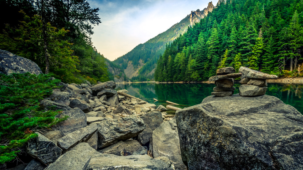 Lindeman lake 2 the green tranquility of linderman lake - Nature ka wallpaper ...