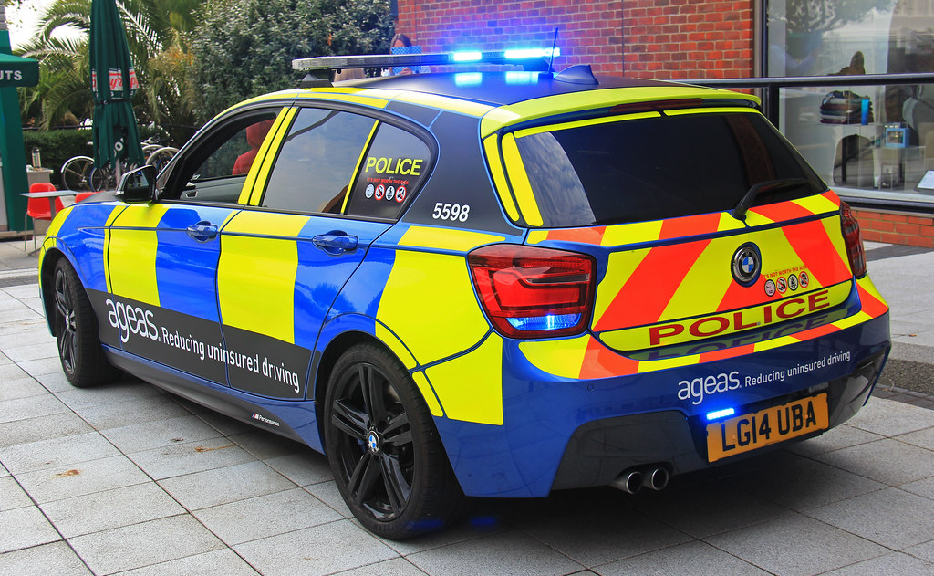 Ageas Car Insurance >> Hampshire Police BMW 125d M-Sport ANPR Interceptor - LG14 ...
