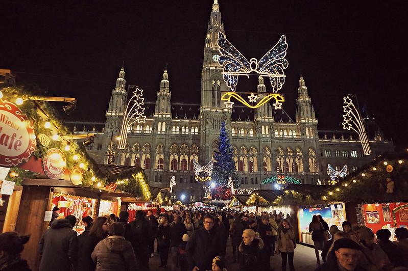 http://hojeconhecemos.blogspot.com.es/2015/12/mercado-natal-rathausplatz-viena-austria.html